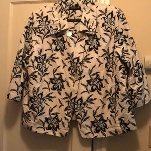 Women's Blazer quarter sleeve size 20W